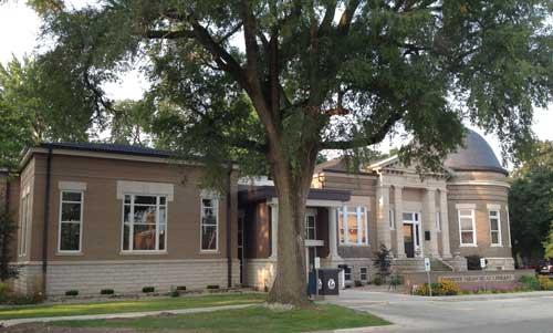 Dominy Library Fairbury Illinois